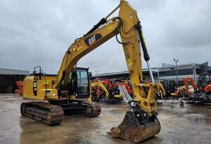 2018 CAT 320FL 21T EXCAVATOR WITH LOW 2800 HOURS.