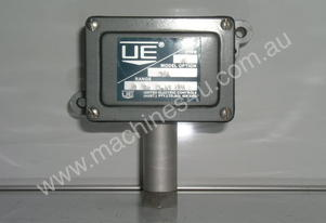 Ue   J6 364 Pressure Switch.