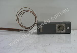 Honeywell T678A Temperature Switch.