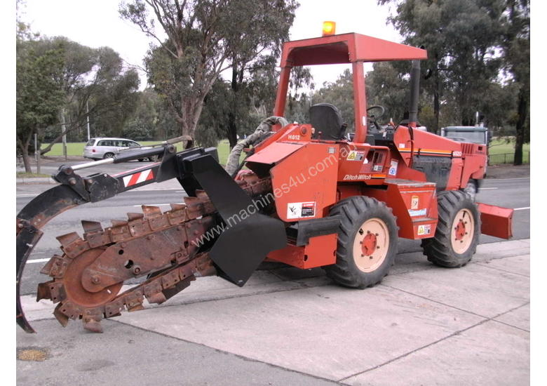 ditch witch 6520 subsoil trencher ,  595 hrs