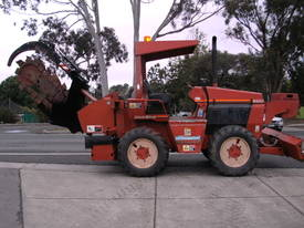 ditch witch 6520 subsoil trencher ,  595 hrs  - picture0' - Click to enlarge