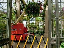 JLG M400AJPN Electric Boom Lift - picture4' - Click to enlarge
