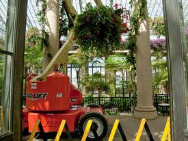JLG M400AJPN Electric Boom Lift - picture18' - Click to enlarge