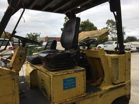 10 TON FORKLIFT - picture1' - Click to enlarge