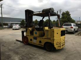 10 TON FORKLIFT - picture7' - Click to enlarge