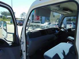 Fuso Canter Cab chassis Truck - picture5' - Click to enlarge