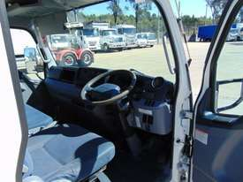 Fuso Canter Cab chassis Truck - picture9' - Click to enlarge