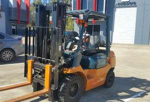 Toyota forklift very low hours