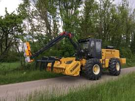 Plaisance Forestry and Orchard Equipment - picture11' - Click to enlarge