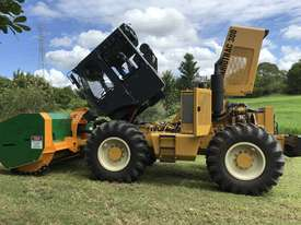 Plaisance Forestry and Orchard Equipment - picture2' - Click to enlarge