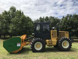 Plaisance Forestry and Orchard Equipment - picture20' - Click to enlarge