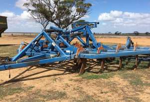 Grizzly  Chisel Plough/Rippers Tillage Equip