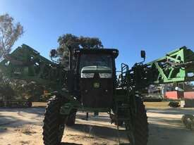 John Deere R4038 Boom Spray Sprayer - picture0' - Click to enlarge