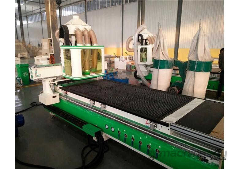 CNC router with unloading table twin 6KW spindles and multi drill head