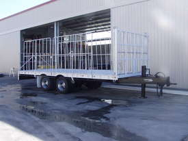 PIG TRAILER - picture1' - Click to enlarge