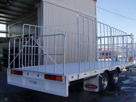 PIG TRAILER - picture0' - Click to enlarge