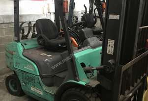 Mitsubishi 2.0 Tonne LPG Forklift 4000mm 2 stage New Drive Tyres
