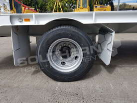 9 Ton ATM Tag Trailer WHITE ATTTAG - picture17' - Click to enlarge