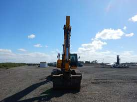 2011 Used JCB JS240LC Excavator - picture4' - Click to enlarge