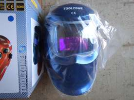 Auto Darking Welding Helmet - 3836-71 - picture1' - Click to enlarge