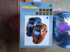 Auto Darking Welding Helmet - 3836-71 - picture2' - Click to enlarge