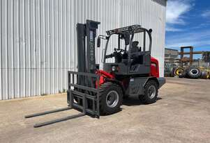 SUMMIT R420 4WD 2 Tonne ROUGH TERRAIN FORKLIFT with 2 Stage 3.5 Meter Mast & Side Shift