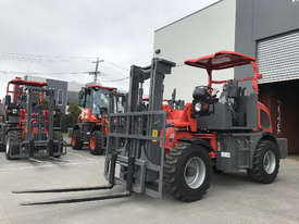 SUMMIT R420 4WD 2 Tonne ROUGH TERRAIN FORKLIFT with 2 Stage 3 Meter Mast & Side Shift - picture0' - Click to enlarge
