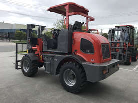 SUMMIT R420 4WD 2 Tonne ROUGH TERRAIN FORKLIFT with 2 Stage 3 Meter Mast & Side Shift - picture5' - Click to enlarge