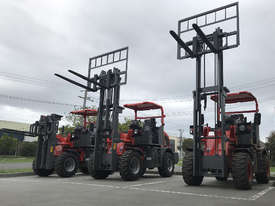 SUMMIT R420 4WD 2 Tonne ROUGH TERRAIN FORKLIFT with 2 Stage 3 Meter Mast & Side Shift - picture14' - Click to enlarge