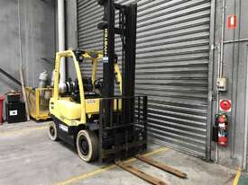Hyster H2.50 LPG / Petrol Counterbalance Forklift - picture1' - Click to enlarge