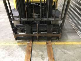 Hyster H2.50 LPG / Petrol Counterbalance Forklift - picture3' - Click to enlarge