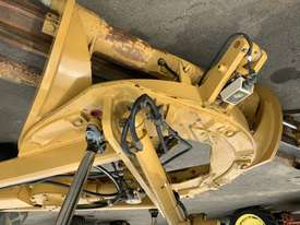 Caterpillar 12M Grader - picture14' - Click to enlarge
