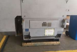450 kw 600 hp 2 pole 6600 volt Toshiba AC Electric Motor