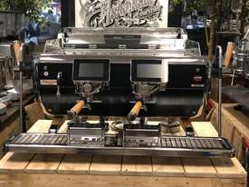 ASTORIA STORM 2 GROUP BLACK AND TIMBER BRAND NEW ESPRESSO COFFEE MACHINE - picture0' - Click to enlarge