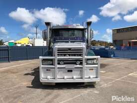 2013 Mack Trident - picture1' - Click to enlarge