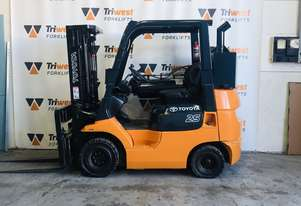 Toyota 2.5t compact flameproof forklift - weekly rate