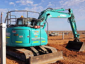 12-15T Excavator Hire - picture0' - Click to enlarge
