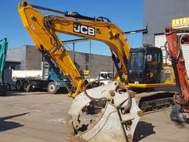 12-15T Excavator Hire - picture2' - Click to enlarge