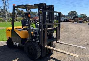2015 Victory VF35D 3.5T Diesel Counter Balance Forklift