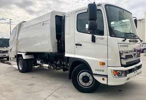 HINO WITH KYOKUTO 10.2 CUB  REAR LOADING PRESS PACK RUBBISH COMPACTOR
