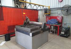 Hypertherm Powermax 1100 Plasma Cutter with Table