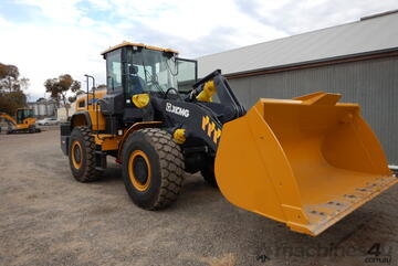 XC948 4T Lift capacity Wheel Loader IN STOCK NOW!