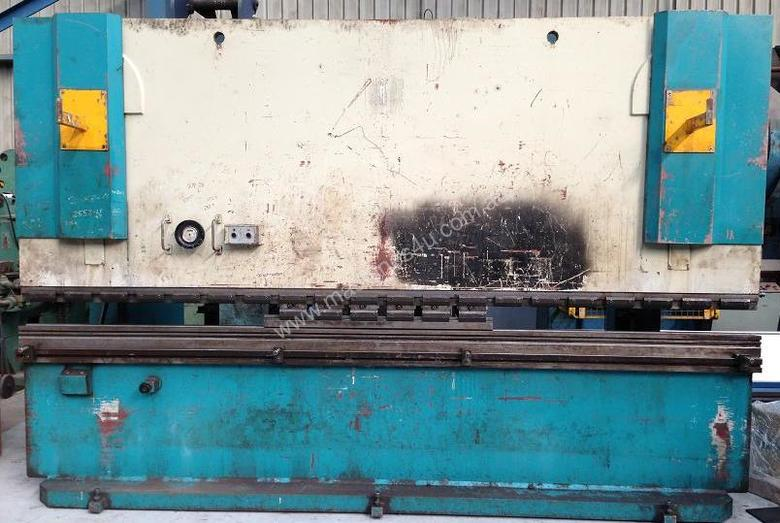 Adira QHD-15040 4M x 150Tonne press Brake