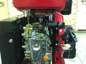 BOSS 20CFM/ 6HP DIESEL AIR COMPRESSOR (E/Start) - picture1' - Click to enlarge