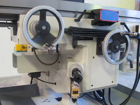 Large Table, Variable Speed, Integral Gearbox Feed - picture1' - Click to enlarge