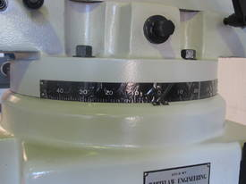 Large Table, Variable Speed, Integral Gearbox Feed - picture4' - Click to enlarge