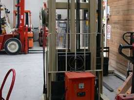 Crown Walkie Stacker Reach 1.5 Ton Forklift - picture1' - Click to enlarge