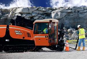 Ditch Witch AT30, 30k lbs rock drill