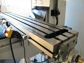 NT30 Milling Machine, (X/Y/Z), 875/380/420mm), 240v - picture6' - Click to enlarge