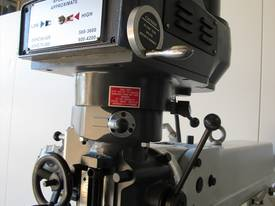 NT30 Milling Machine, (X/Y/Z), 875/380/420mm), 240v - picture8' - Click to enlarge